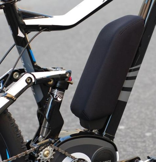 funda-bateria-bosch-ebike-neopreno-cuadro-power-pack-300-400-500-active-performance-1